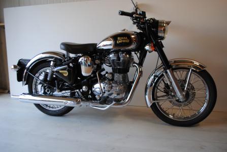 royal enfield classic 500 moto classics. Black Bedroom Furniture Sets. Home Design Ideas
