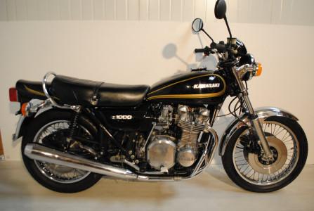 kawasaki z1000 a2 moto classics. Black Bedroom Furniture Sets. Home Design Ideas