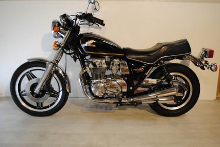 honda cb650 custom moto classics. Black Bedroom Furniture Sets. Home Design Ideas