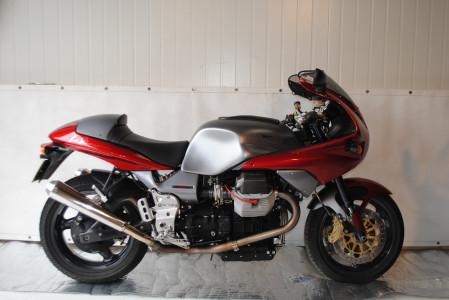 moto guzzi v11 le mans moto classics. Black Bedroom Furniture Sets. Home Design Ideas